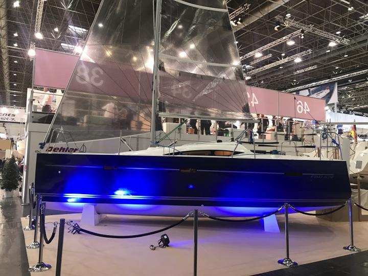 Dusseldorf boatshow VIKO S 26
