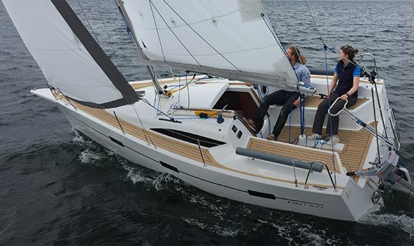TEST VIKO S 21 IN YACHT MAGAZINE